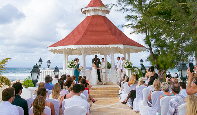 "Say ""yes"" to a destination wedding"