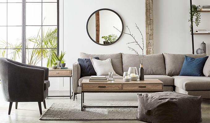 how-to-accessorize-your-living-room-add-value-to-your-home-debi-collinson